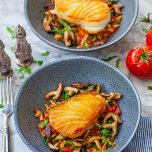 pan-fried chilean sea bass recipe with spinach and mushrooms